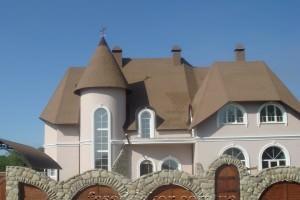фасад декорированный пенопластовыми декором