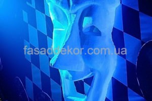 маска из пенопласта