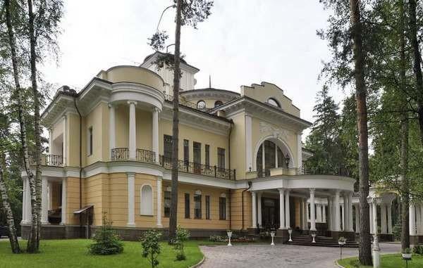 дом в стиле ампир